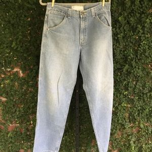 Vintage Levi's Light-wash Blue Jeans Size 32 x 34